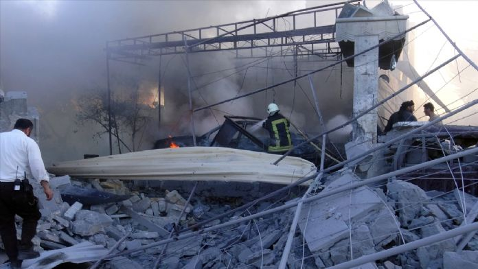 Halep'e varil bombalı saldırı: 3 ölü, 15 yaralı