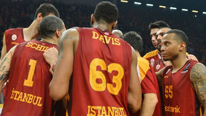 Galatasaray Odeabank şampiyonluğu İstanbul'a bıraktı