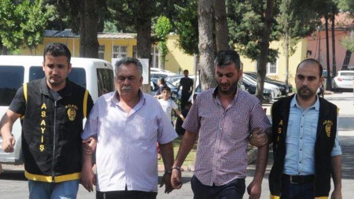Kendilerini 'Komiser Kemal' olarak tanıtıp 27 bin 500 lira dolandırdılar