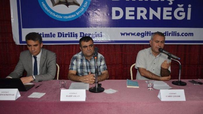 Mehmet Akif'in Şahsiyeti Ve Eğitim Anlayışı Paneli Gerçekleştirildi