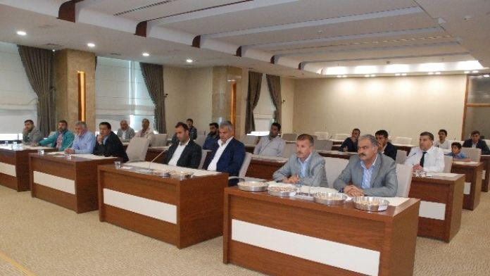 Şanlıurfa'da Fıstık İhalesine Çok Sayıda Firma Katıldı