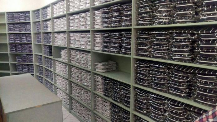 İzmir'de 10 milyonluk taklit ürün baskını