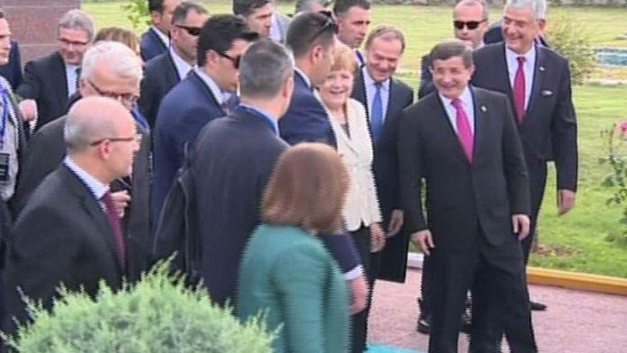 Davutoğlu ve Merkel Nizip'e hareket etti