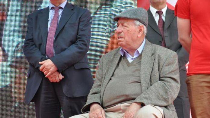 Kazım Koyuncu'nun babası Cavit Koyuncu da kanserden öldü