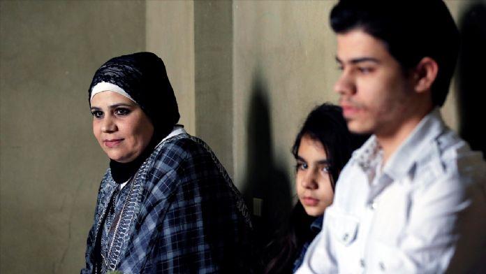 Lübnan'daki Suriyeli ailenin Türkiye'deki babalarına kavuşma