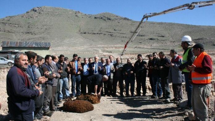 Pasinler'de Sanayi Sitesinin Temeli Atıldı