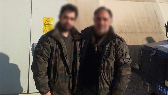 Baba ve oğlu teröristlere karşı omuz omuza