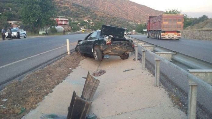 Yoldan Çıkan Otomobilin Sürücüsü Ağır Yaralandı