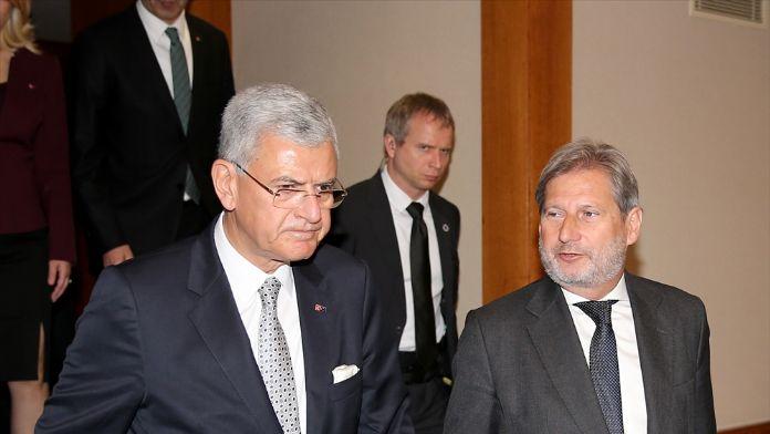 AB Bakanı Bozkır, Hahn ile görüştü