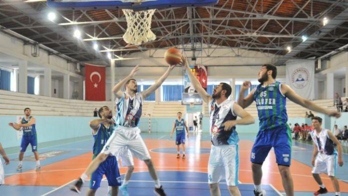 Nilüfer Belediyespor Kayseri'den Avantajla Döndü