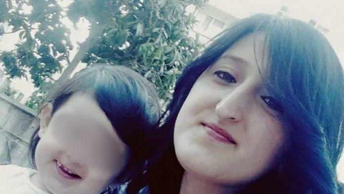 Genç anne evinde ölü bulundu