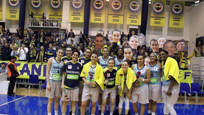 Fenerbahçe serinin ikinci maçına çıkıyor