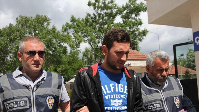 Bursa'da kalem şeklinde 'suikast silahları' ele geçirildi