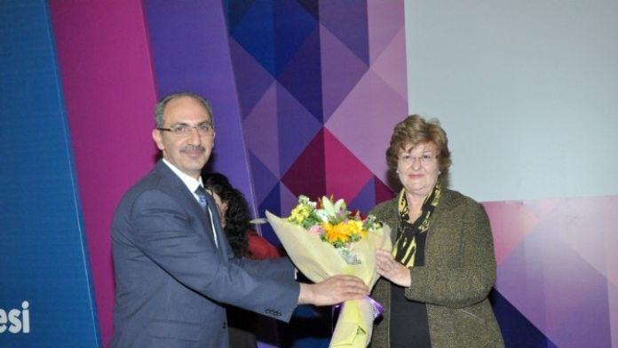 Akademide Kadın Çalışmaları AEÜ'de Tartışıldı