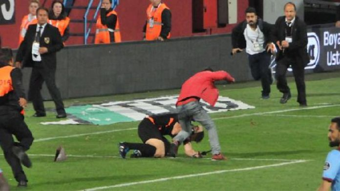 Violence overshadows football in Turkey