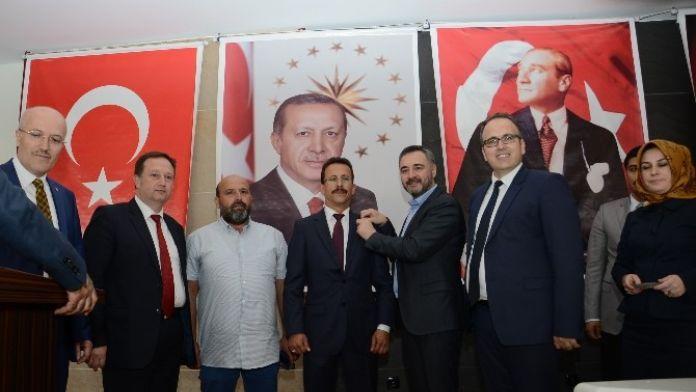 MHP'den AK Parti'ye Şok Transfer