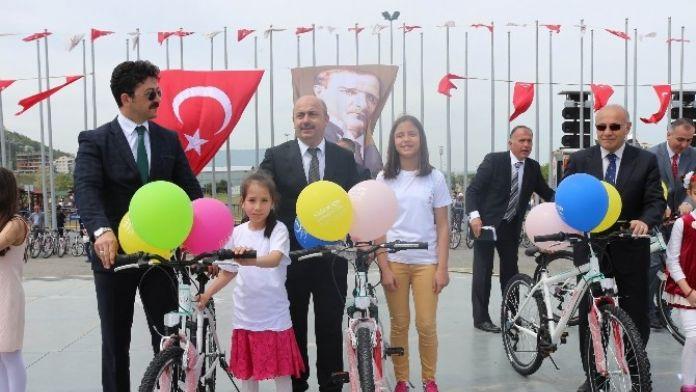 Türkiye'de 2016'da 300 Bin Bisiklet Dağıtılacak