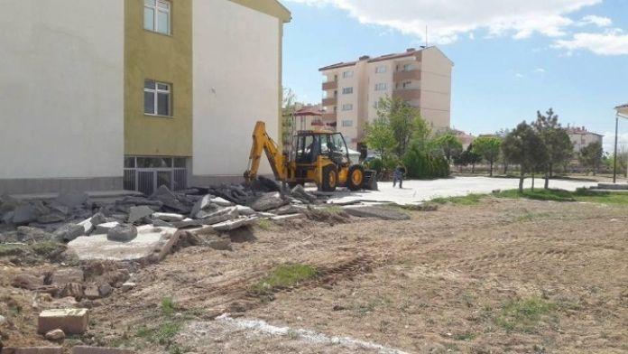 Eskil Devlet Hastanesine Acil Ek Binası Yapılıyor