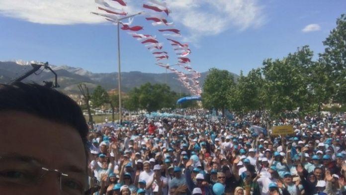 Başkan Subaşıoğlu'nun Bahar Yürüyüşü Özçekimi