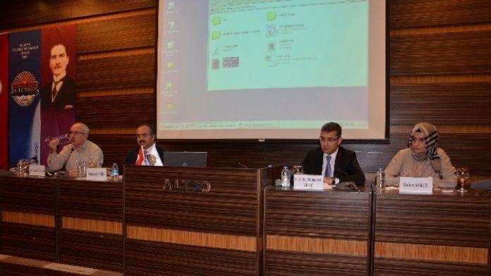 Yeni Anayasa Alanya'da Masaya Yatırıldı