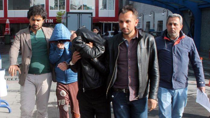 Konya'da torbacı operasyonu: 14 gözaltı