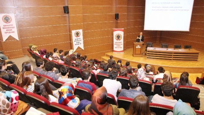 Avukat Mehmet Gün, Tecrübelerini Üniversite Öğrencileriyle Paylaştı