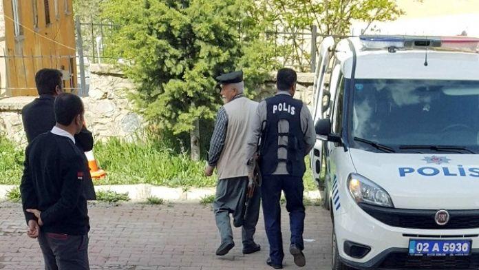 Cumhurbaşkanına Hakaretten Dolayı Bir Kişi Gözaltına Alındı