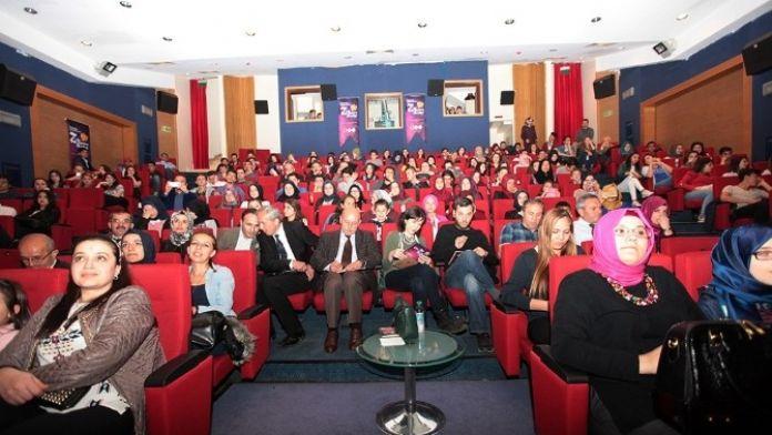 Tiyatro Şenliği'nde Perde Açıldı