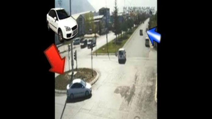 (Özel Haber) Sinyal Kesiciyle Aracın Kilitlenmesini Önleyip Hırsızlık Yaptılar