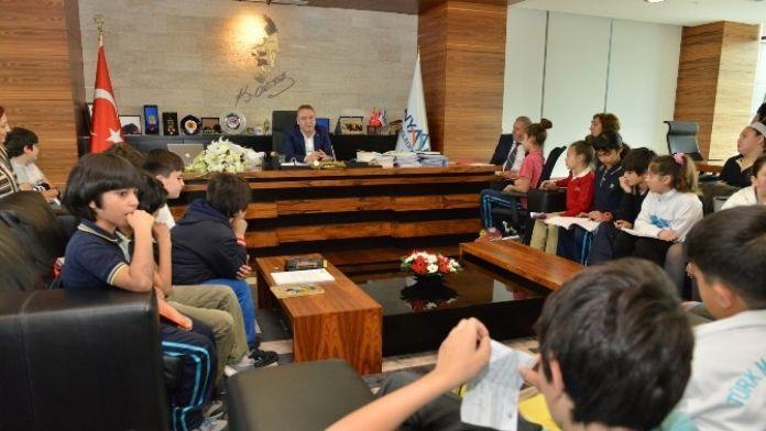Başkan Böcek'ten 'Yerel Yönetimler' Dersi