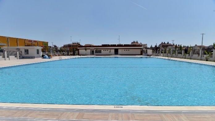 Kepez'in Yeni Havuzu Dolduruldu