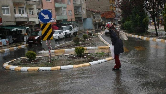 Yozgat'ta Yağmur Sevindirdi