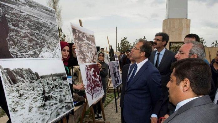 Vali İbrahim Taşyapan, 'Çanakkale'den Zeve'ye Tarihin İzinde' Konulu Fotoğraf Sergisine Katıldı