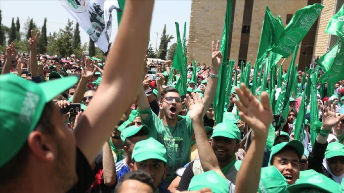 Filistin'de öğrenci konseyi seçimi heyecanı