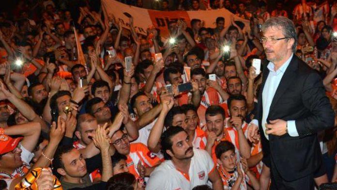 Adanaspor Başkanı Akgül: 'Engin İpekoğlu kalacak'