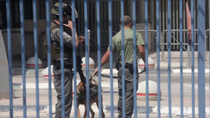 İsrail polisi 2 Filistinliyi öldürdü