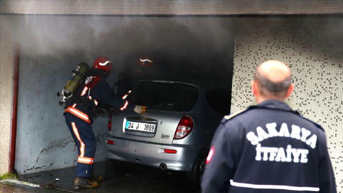 Sakarya'da otomobil yangını