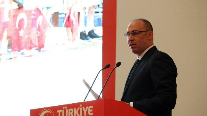 Galatasaray'ı kutladı