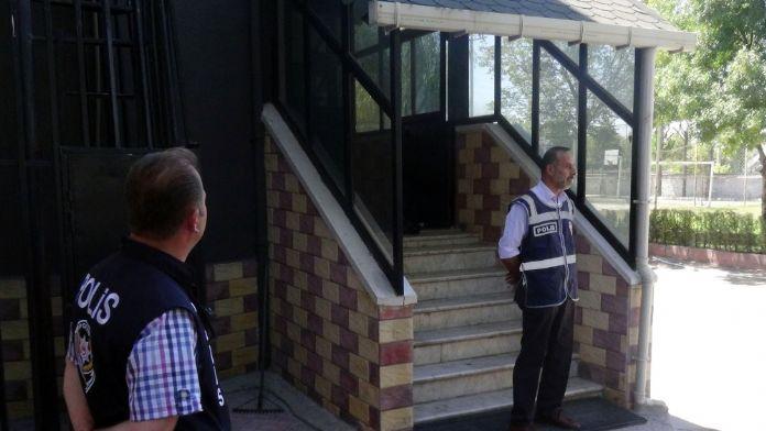 Ankara'da bazı kurumlara 'paralel' operasyonu