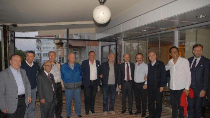 Denizlispor'da eski başkanlar bir araya geldi