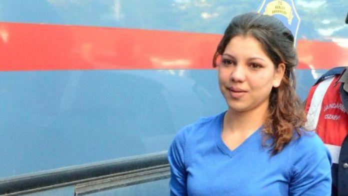 Tecavüzcüsünü Öldüren Kadının Davası Başladı