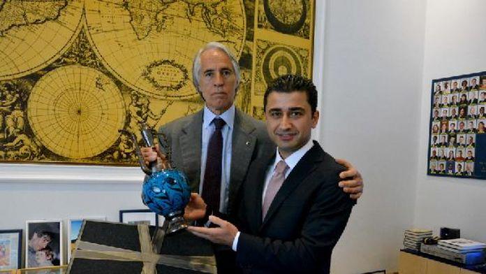 İlker Dilek, İtalya Milli Olimpiyat Komitesi Başkanı Giovanni Malago ile görüştü