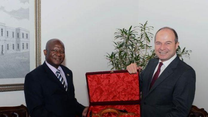 Güney Afrika Büyükelçisi Malefane'den 'Türkiye güvenli' vurgusu
