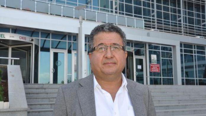 Cumhuriyet Savcısı, Cumhurbaşkanı Erdoğan'a hakaretten yargılanıyor (2)