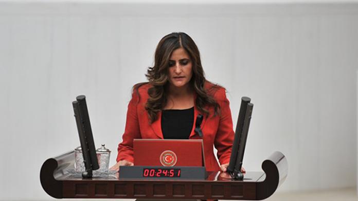HDP'li milletvekili terörist cenazesinde