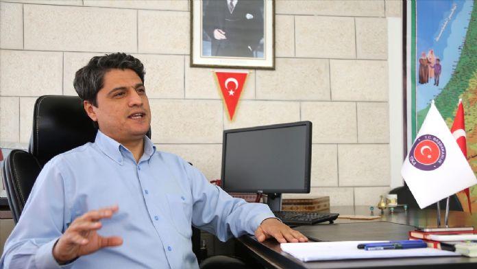 Türkiye mezunu Filistinlilerden TİKA'ya teşekkür plaketi