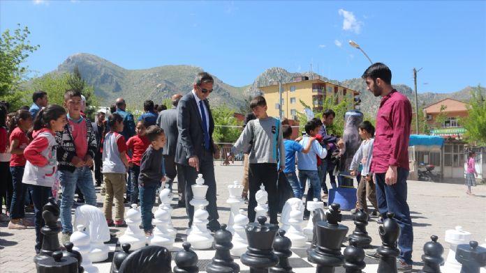 Eruh'ta 'Mobil Gençlik Merkezi' oluşturuldu