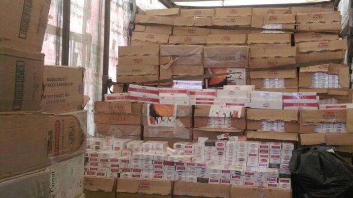 Bitlis'te 277 bin paket kaçak sigara ele geçirildi