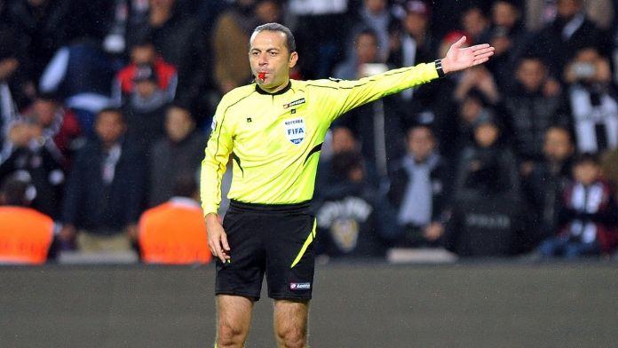UEFA'dan Çakır'a dev maç