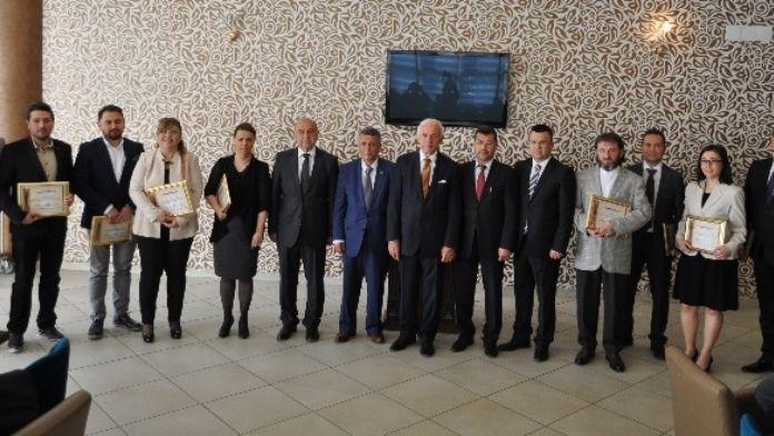Mucitler Sergisi'ne Katılan Firmalara Teşekkür Belgesi